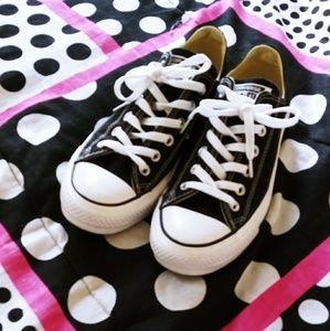 Classic black and white All Star Converse
